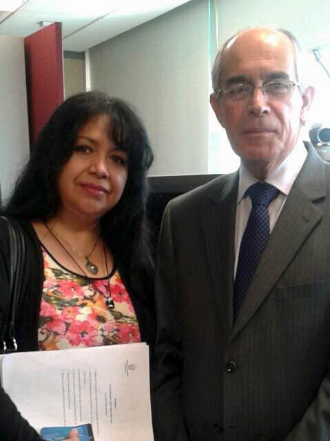 Com HE. Sr. Javier Eduardo León Olabarría , Embaixador da República do Peru , no México , o que representa Optucorp em ProMexico e ProPeru evento.
