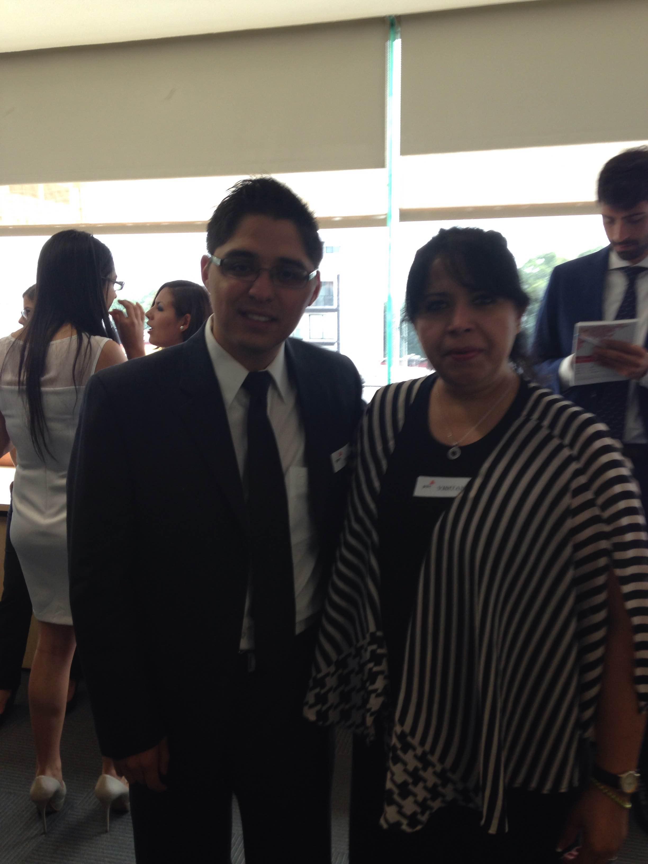 Con Lic Daniel Barrios M, Director de Grupo Klee, capacitación